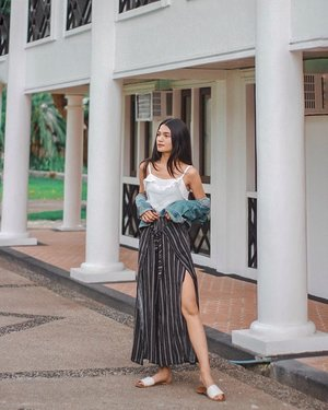 déja vu ✨ top & slit pants @shortcutsapparel 📸: blogger jowa applicant (+ points hahaha) #clozette