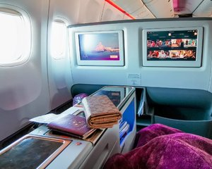 When I came back to the PH after my wedding in the UK, I had been fortunate enough to be selected for an upgrade with @qatarairways and I was not only enamoured by the spacious Business class cabin, but by the world class service.  Qatar Airways is known for having the best cabins, not only in Business class, but even in Economy and Premium Economy. I wouldn't hesitate to say that out of all the airlines I have tried, Qatar Airways has been the been the best in terms of comfort, service, and even food.  Book your flights with Qatar Airways now!  Airline: @qatarairways Wallet: @coach Preset: @ellepresets  Shot using the Huawei P30 Pro⠀⠀⠀⠀⠀⠀⠀⠀⠀ ⠀⠀⠀⠀⠀⠀⠀⠀⠀⠀⠀⠀⠀⠀⠀⠀⠀⠀ #WeAreBetaPH #kumuph #livestreamer #GandangLavish  #clozette #clozetteph  #bodypositivity #HuaweiP30Pro #mestiza #betaph #premiumtalents #music #beauty #beautyph #pinayvlogger #beautyvlogger #pinaybeauty #qatarairways #traveling #london #staycation #bigthighs #happiness #inspiration #Miadventures #healing #MarcMiadventures #businessclass #bloggerxph #luxury