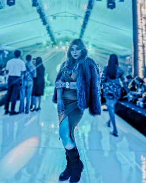 Are you guys ready for an exclusive sneak peek into the Panasonic Manila Fashion Festival? Stay tuned to my YouTube channel for the montage of this fabulous event!  Thank you also to all the wonderful people who tuned in to my @kumuph livestream earlier!  Dress: Kylie Wrap by @heatherclothingph Fur Coat: @hm Satchel: @michaelkors Boots: @aldo_shoes Photo by: @milesfajardo_  Thank you @herstyleasia @artpersonas and @bloggerxph for this opportunity!  #WeAreBetaPH #kumuph #livestreamer #GandangLavish  #clozette #clozetteph  #bodypositivity  #mestiza #betaph #premiumtalents #pinayvlogger #beautyvlogger #pinaybeauty #plussize #biggirl  #bigthighs #inspiration #Miadventures #effyourbeautystandards #bloggerxph #HerStyleAsia #HSASquad #HSACorrespondent #BeMore #WantMore #AspireMore #PMFF5 #PanasonicMFF #PMFFAnniversary #TickledMedia