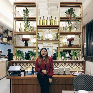 You can. Something that kept me going this week. Hope you all are having a good week, just remember that the weekend is almost here 💪💪💪 FYI believe it or not but this picture was taken in a dimsum store 🙈 Love the English oriental vibe here. Will do a blogpost of this place soon. Stay tune kay? ❤ #clozette (📸:@kishyarani)