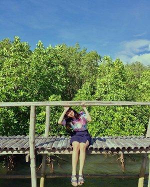 Me trying to start the week positively ✨✨✨ • • • • • • • • #inHim #SeatAtTheLowestPlace #blessed #letsgo #leyte #discoverph #destinationearth #visayas #whynot #yey🎉 #happyfey #feyventures #pinoytravel #travelphotography #wanderlust #happy #bestplans #yass #ff #clozette #vsco #vscoph #travel #feytravels #travelph #discoverygreen