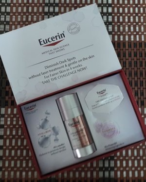 Beautiful Make-Up comes from Beautiful Skin. Introducing The Eucerin® UltraWHITE+ SPOTLESS Double Booster Serum, a breakthrough skincare range with the active agent Thiamidol™. It's clinically proven with 10x more effective in reducing dark spots without you going through laser and also helping to even your skin tone in only 4 weeks! Kindly swipe left to see photos of my face before and after results. My skin-toned is even out and my overall face is more brighten & lighten. I also realized my dark spots on my cheeks are gradually faded. You can try your luck to win Eucerin® UltraWHITE+ SPOTLESS products that worth RM580! Join now at Eucerin®'s Facebook Page and stand a chance to be among the 100 selected participants! 🤓🙆🍯 #DiminishDarkSpotsWithoutLaserin #EucerinMY #Eucerin #Beauty #BeautyProducts #SkinCareProducts #Complimentary #Blessed #Randompics #Blogger #MalaysianBlogger #LifestyleBlogger #Influencer #Clozette #StarClozetter #instaphoto #instapic #igers