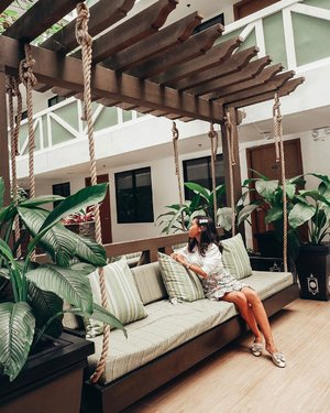 """Me taking a moment to appreciate the beauty of @pinesuitesofficial 😍 I actually found myself saying """"ooohhhs"""" and """"aaahhhs"""" a lot everywhere I look. They really paid attention to every detail, which made Pine Suites Tagaytay feel like a home instead of a condo. #DiscoverBeautiful #PineSuitesTagaytay #LifestyleStyling #WhenInTagaytay"""