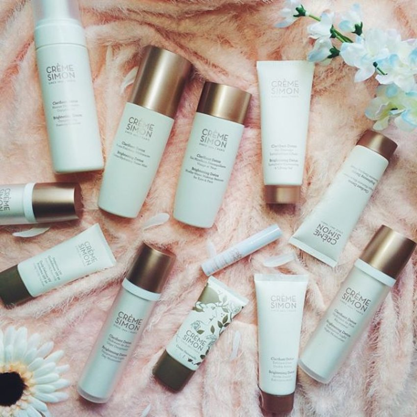 Officially starting my #cremesimon skincare regime today! Slowly making the transition by selecting a few products to use first. Can I just say how in love I am with the products? They are absolutely lightweight and it feels almost like nothing when applied onto the face. Their SPF50 sunblock doesn't even feel greasy at all! How's that sound to you? I thought it was really amazing to me!