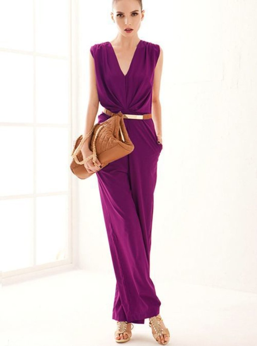Such an amazing rich colour... where can I get a jumpsuit as lovely as this :O