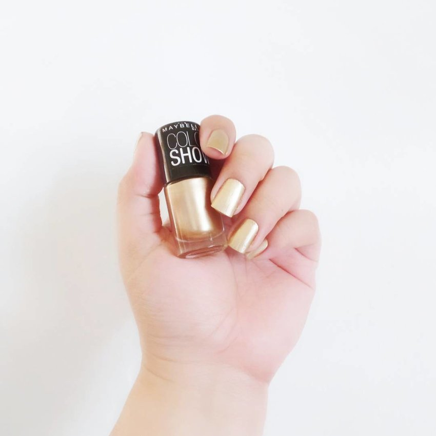 Nail These IG-Worthy Polish Trends - Shining, Shimmering Sparkles