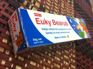 Euky Bearub can relieve nasal congestion and blockage breath. Fresh aroma and less sticky. Suitable for all skin types, including sensitive skin.