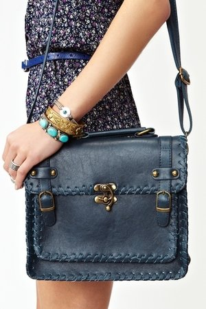 Dreamweaver Satchel